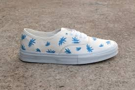 you ll want to get your palms on these vans chukka zip lx vans