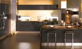 peindre porte cuisine repeindre porte cuisine excellent repeindre des meubles de