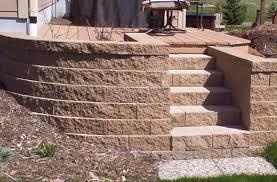 landscping gallery4 janesville brick retaining walls by hillcrest janesville brick