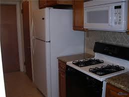 Kitchen Cabinets Toledo Ohio 2636 E Rockridge Cir Toledo Oh 43606 Mls 6007684 Movoto Com
