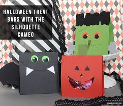 craftaholics anonymous spooky halloween treat bags tutorial