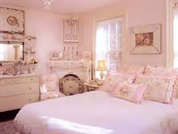 shabby chic bedroom decorating ideas with ivory furniture and
