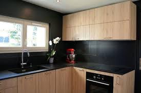 cuisine moderne et noir cuisine noir et bois cuisine noir mat et bois clair