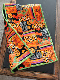 halloween table runners quilting turned into fun cookingwithfriends