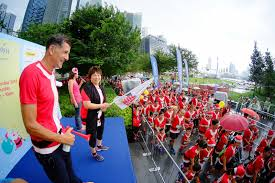 santa run for wishes 2015 largest christmas run in singapore