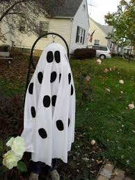 Do It Yourself Halloween Decorations 9 Cheap Diy Halloween Decorations Holidappy