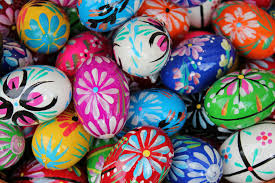 what stores are open and closed on easter sunday 2016