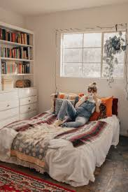 Chic Bedroom Ideas by Bedroom Boho Chic Furniture And Accessories Hippie Bedroom
