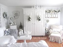 White Shabby Chic Bedroom by Best 20 Junk Chic Cottage Ideas On Pinterest White Wreath