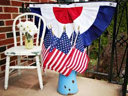 Flag White On Top Red On Bottom How To Sew Patriotic Red White And Blue Bunting Hgtv