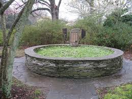 Raised Rock Garden Beds I Like The Circular Raised Bed For The Garden Pinterest