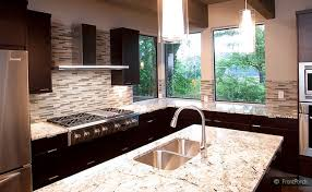 Modern Backsplash Tile Espresso Cabinet Gold Countertop Kitchen - Kitchen modern backsplash