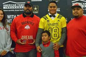 ohio state buckeye fan top california lb reps ohio state during army all american shoot