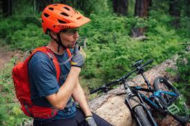 best helmet mounted light best mountain bike helmets of 2018 switchback travel