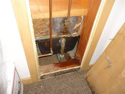 how to inspect your own house part 6 plumbing showers tubs