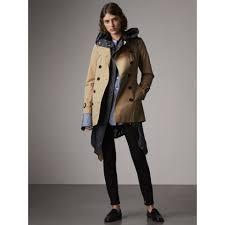 the sandringham short heritage trench coat in honey women