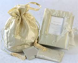 unique personalized wedding gifts unique wedding gift list imbusy for