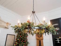 Hgtv Holiday Home Decorating by Hgtv U0027s Fixer Upper Holiday Special Hgtv U0027s Decorating U0026 Design