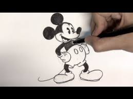 how to draw mickey mouse step by step things to draw youtube