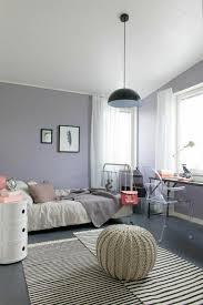 peinture chambre sous pente chambre sous combles couleurs exemple peinture chambre mansardee