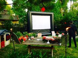 outdoor entertaining ideas editorial by tori spelling