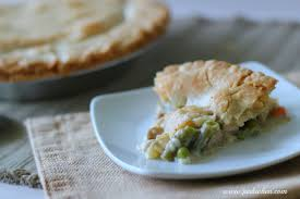how to make a turkey pot pie with thanksgiving leftovers delicious turkey pot pie recipe pinkwhen