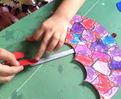 stamped pattern umbrella in the rain art u0026 craft idea for kids