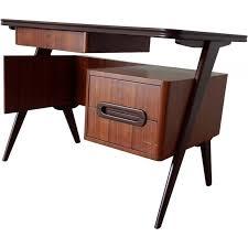 petit bureau italien vintage en palissandre 1950 design market