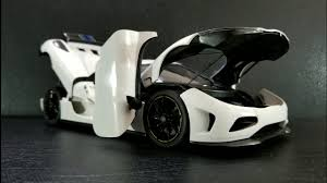 koenigsegg white carbon fiber autoart koenigsegg agera white slideshow youtube