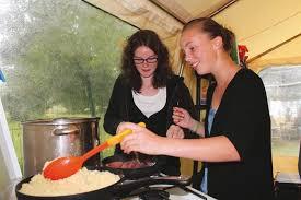 colonie cuisine l alimentation des ados en colonie de vacances trois anecdotes