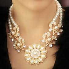 luxury necklace images Luxury women s faux pearl flowerlike necklace luxury women s faux jpg