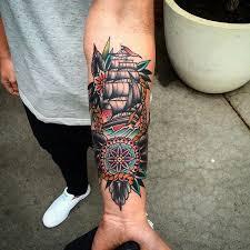 25 ide terbaik tato lengan di pinterest tato untuk pria