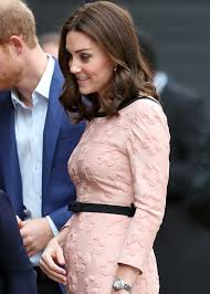 kate middleton u0027s pregnancy cravings have her binging on chocolate