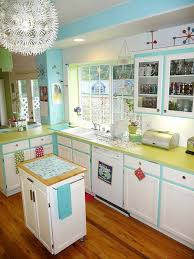 Vintage Looking Kitchen Cabinets Lora U0027s Vintage Style Kitchen Makeover Inspired By A Single