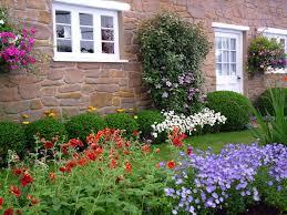 28 cottage flower gardens charming cottage gardens a