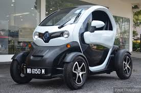 renault small renault twizy ev launched in malaysia from rm72k image 369348