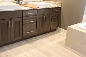Bathroom Flooring Ideas Vinyl Vinyl Bathroom Flooring For The Best Look Stribal