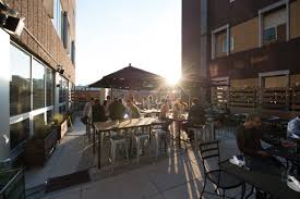 the sinclair hosts summer clambake on rooftop patio 07 08 15