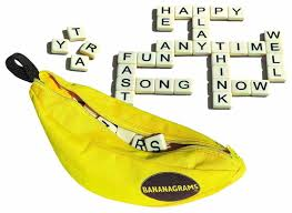 bananagrams word game bananagrams amazon co uk toys u0026 games