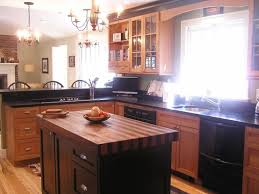 Black Countertop Kitchen by 12 Best Kitchens Images On Pinterest Kitchen Black Countertops