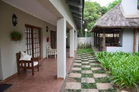 stoep cafe guesthouse self catering accommodation in komatipoort