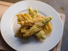 courgette cuisine fried zucchini flowers beignet de fleurs de courgette recipe