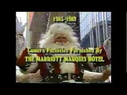 santa s arrival at the macy s thanksgiving day parade 1989