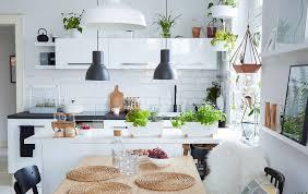 comment am ager cuisine 1001 idées pour aménager une cuisine ouverte dans l air du temps
