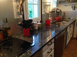 cuisine avec plan de travail cuisine avec plan de travail en granit noir cédric farrusseng