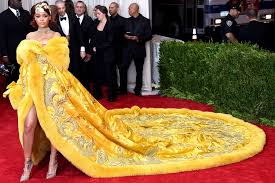 Vanity Fair China The Story Behind Rihanna U0027s Red Carpet Winning Met Gala Dress