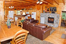 4 bedroom sleeps 10 clear view by large cabin rentals