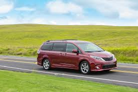 minivans top speed toyota sienna an ultimate minivan new on wheels groovecar