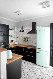 lino cuisine lino damier noir et blanc cheap carrelage cuisine damier noir et con