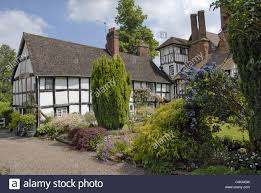 tudor house and garden stock photos u0026 tudor house and garden stock